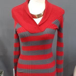 Derek Heart red/grey sweater size small